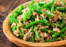 (日本語) 豚肉とインゲンの炒め物